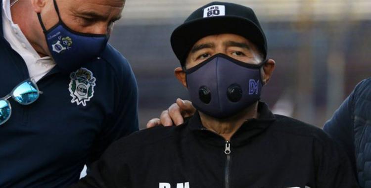 Él al verse bien, se quiere ir, dijo el Dr. Luque sobre Diego Maradona al dar un nuevo parte médico | El Diario 24