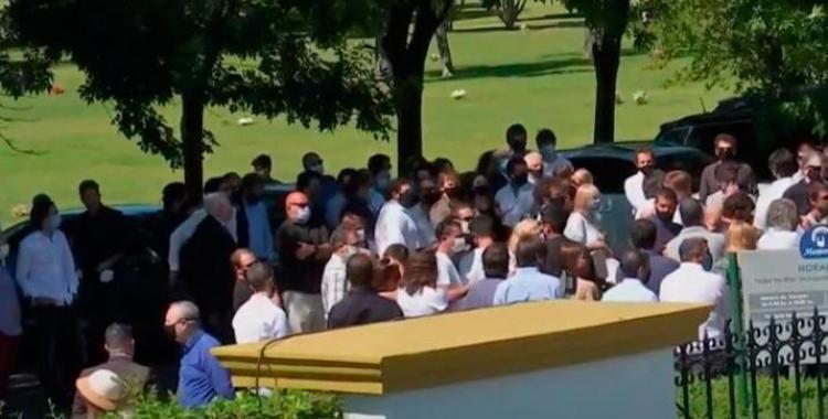 La familia de Jorge Brito y sus amigos más íntimos, despidieron sus restos   El Diario 24