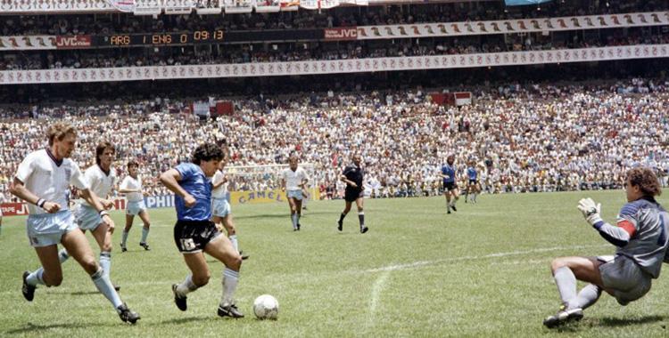 VIDEO Diego Maradona, el mejor jugador de la historia que hizo el mejor gol de todos los mundiales   El Diario 24
