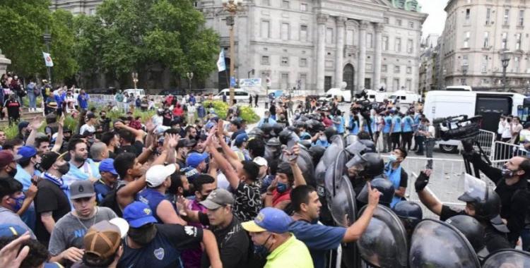 Luego de los incidentes en el velorio de Maradona, el Ministerio de Seguridad se desligó de responsabilidad y cargó contra Ciudad | El Diario 24