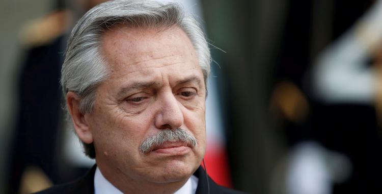 Alberto Fernández: ¿Cuánto tiempo más vamos a leer diarios contando mujeres muertas? | El Diario 24