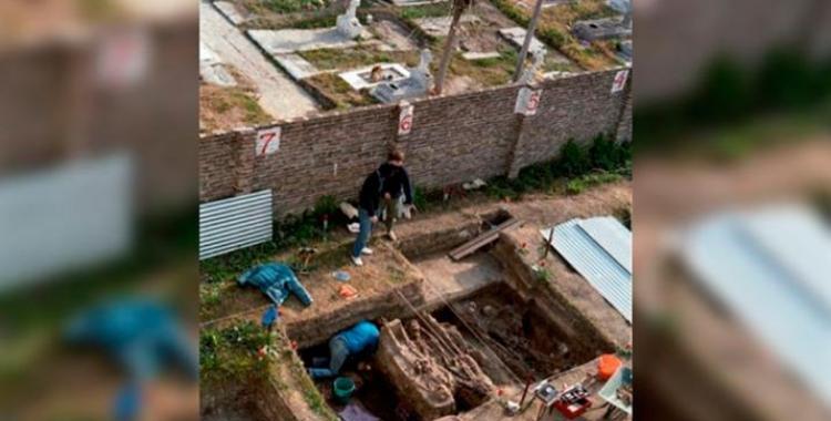 Convocan a familiares de desaparecidos para identificar alrededor de 600 restos exhumados | El Diario 24