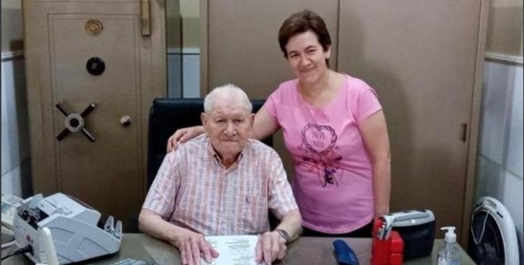 Un empresario de 84 años decidió dejarle su empresa a su empleada de confianza | El Diario 24