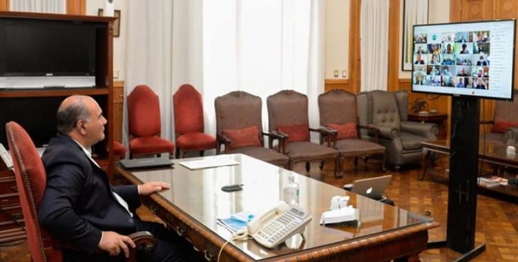 El gobernador Manzur acordó con Fernández aplicar el toque de queda sanitario | El Diario 24