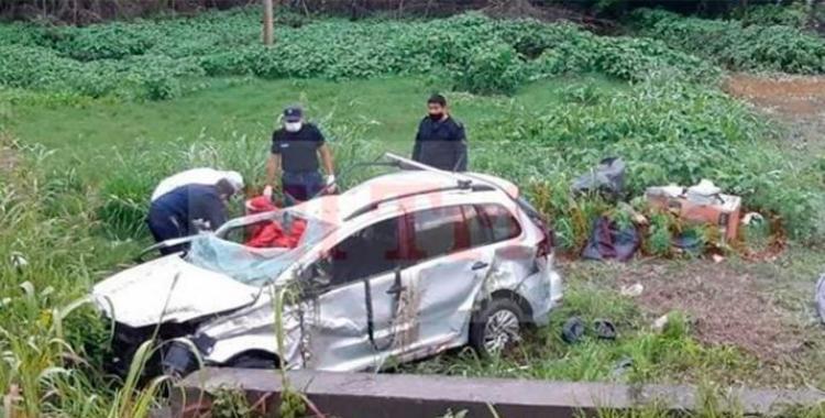 VIDEO Tres víctimas fatales al volcar un remis y otras dos personas resultaron gravemente heridas | El Diario 24