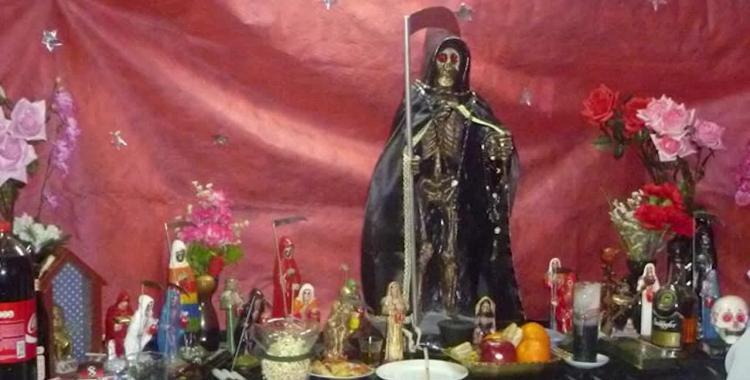 Un doble femicida le hizo ofrenda a San La Muerte con fotos de su ex mujer | El Diario 24