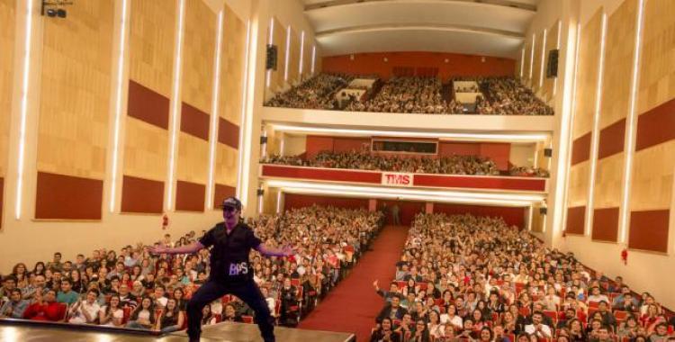 ¿Qué le pasó? Miguel Martín suspende su show en el Teatro Mercedes Sosa   El Diario 24