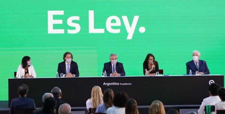 Alberto Fernández promulgó la ley de Interrupción Voluntaria del Embarazo | El Diario 24