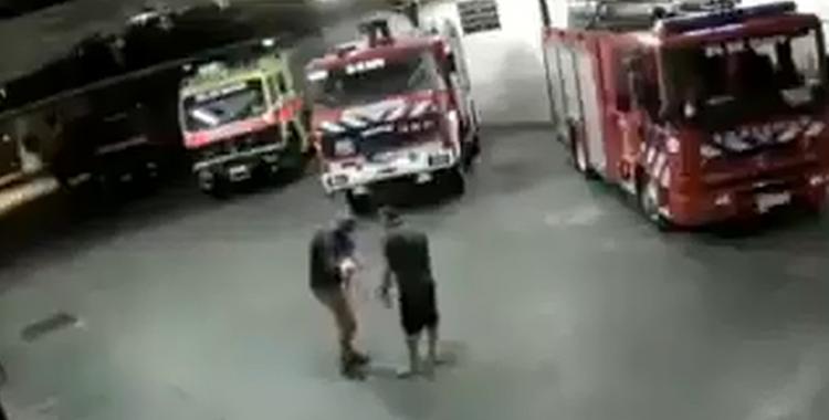 VIDEO: Un bombero le salvó la vida a una beba que no podía respirar | El Diario 24