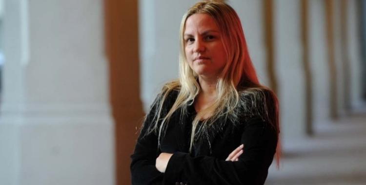Citan a declarar como testigos a Carolina Píparo y al hermano en la causa que investiga a su esposo | El Diario 24