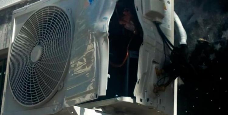 A un joven le explotó el aire acondicionado que reparaba en su casa y perdió la vida | El Diario 24