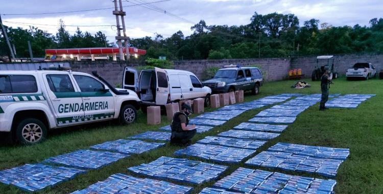 Interceptan a un hombre que transportaba casi 20 mi paquetes de cigarrillos de contrabando | El Diario 24