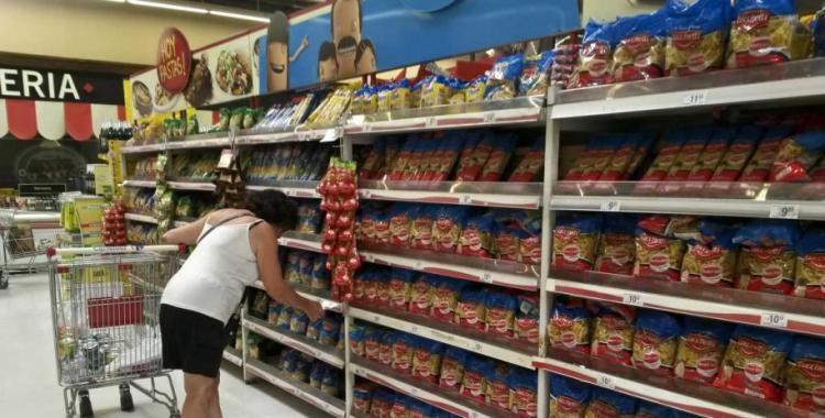 La canasta alimentaria le ganó por lejos a la inflación el año pasado: subió 45,5% | El Diario 24