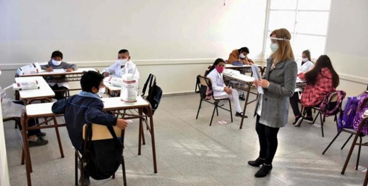 Polémica en puerta: Gremios docentes se niegan a concurrir a las Escuelas para iniciar el ciclo lectivo   El Diario 24