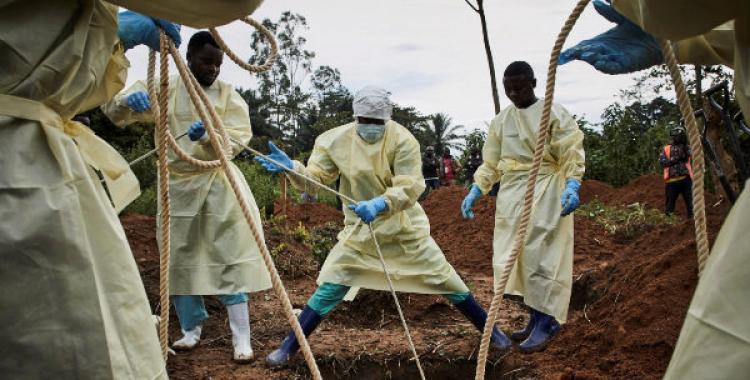 Seis meses después de declarar el fin de los brotes, una mujer murió por ébola en Congo | El Diario 24