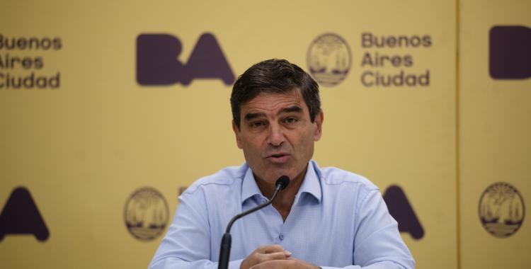 Todo se demoró: Fernán Quirós habló sobre el plan de vacunación | El Diario 24
