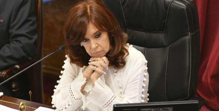 Cristina Kirchner pidió que la Corte Suprema frene el paso de la causa de espionaje a Comodoro Py | El Diario 24