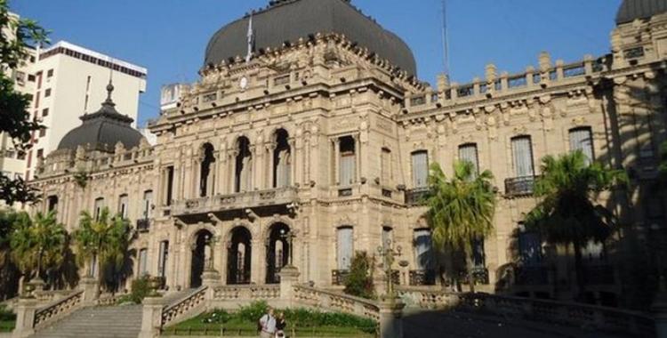 El Gobierno tucumano afirma que se respetó el marco legal al concederle la jubilación al juez Pisa | El Diario 24