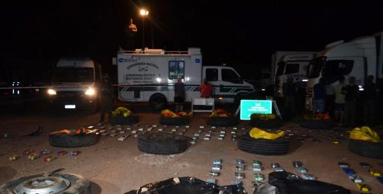 Ocultaron más de 270 kilos de cocaína en las ruedas de un camión, valuados en más de U$S 2.700.000   El Diario 24