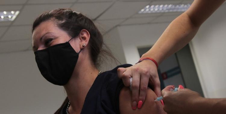 Cuán efectivas son las diferentes vacunas contra el coronavirus: todas las respuestas a las preguntas que se hace la gente | El Diario 24