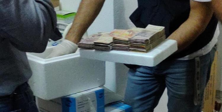 Un enfermero y su esposa, operadora del servicio de emergencias, presos por robar vacunas | El Diario 24