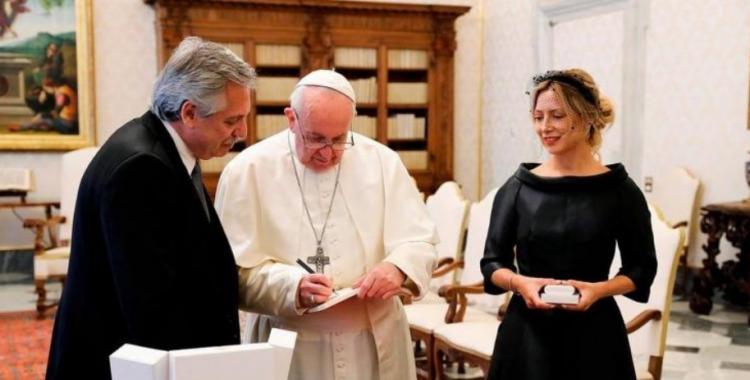 Aseguran que el Papa cortó el diálogo con Alberto y Cristina: ¿con quién del Gobierno habla? | El Diario 24