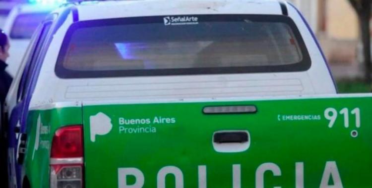 Ejemplar castigo de los vecinos a un hombre que golpeó y arrebató el celular a una mujer   El Diario 24