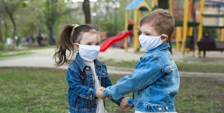 La OMS pide continuar con el uso de barbijo, a pesar de la vacunación contra el coronavirus | El Diario 24
