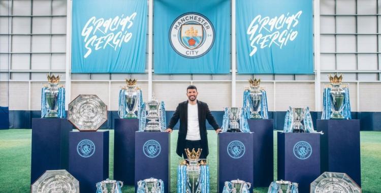 El Manchester City despide a lo grande a Sergio Kun Agüero: Mirá los homenajes en su honor | El Diario 24
