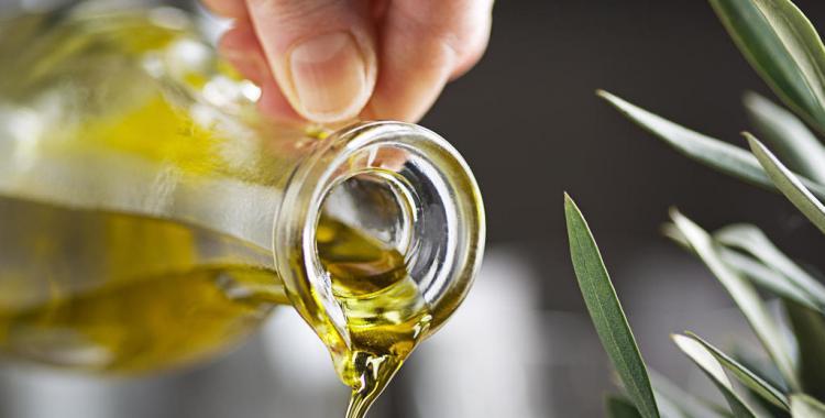 La ANMAT prohibió el uso de un aceite de oliva al detectar ciertas irregularidades | El Diario 24