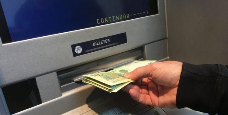 Cronograma completo: comienza el pago del 80% del sueldo a estatales tucumanos | El Diario 24