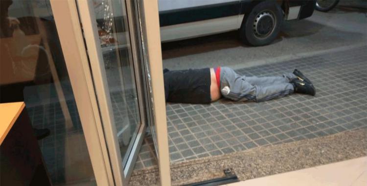 Dos presos protagonizaron un escándalo en una celda y uno de ellos se tragó una cuchara   El Diario 24