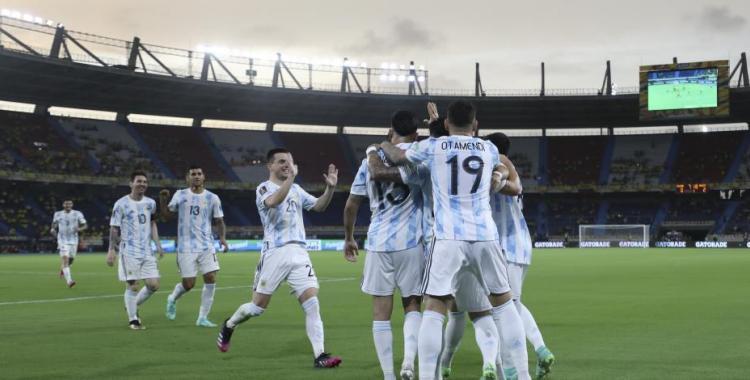 Argentina vs Uruguay reeditan el cásico del Río de la Plata: Horario, Tv y probables formaciones | El Diario 24