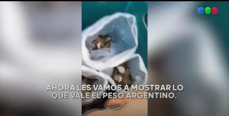 Un hombre tenía $4 mil en monedas argentinas y los vendió como metal y obtuvo más del doble | El Diario 24