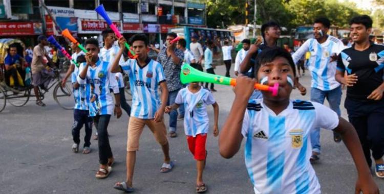 La historia menos pensada: El Brasil vs Argentina se vive con pasión desenfrenada en Bangladesh   El Diario 24