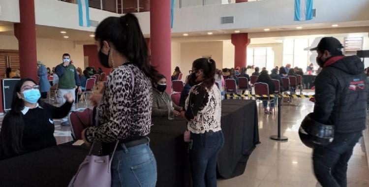 Santiago programó 19.000 turnos de vacunación para adultos mayores y jóvenes de 23 y 24 años | El Diario 24