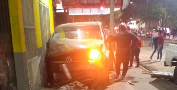 Un hombre y su nieto fueron arrollados por una camioneta cuando su conductora se descompensó   El Diario 24