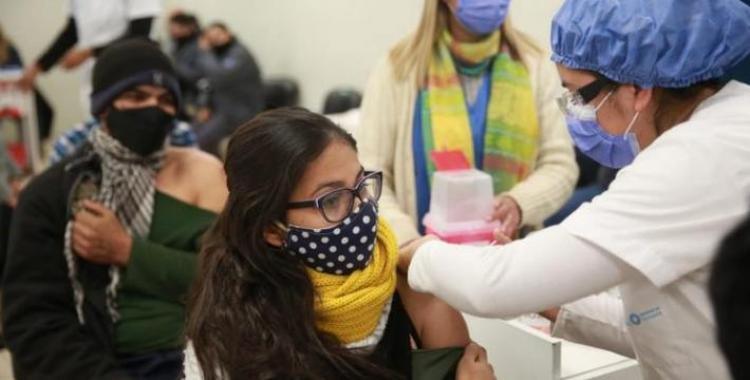 Vacunación para jóvenes tucumanos de 18 y 19 años: Horario confirmado en que se comenzará a inscribir   El Diario 24