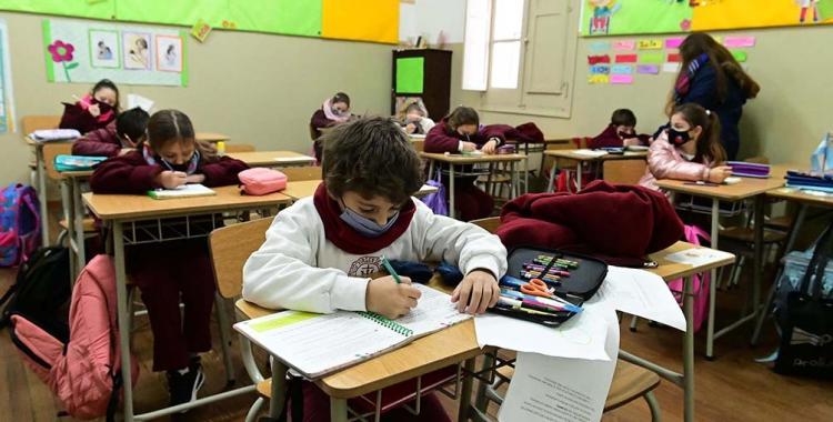 Los alumnos tendrán que aprobar el 70% de los contenidos para pasar de grado o año | El Diario 24