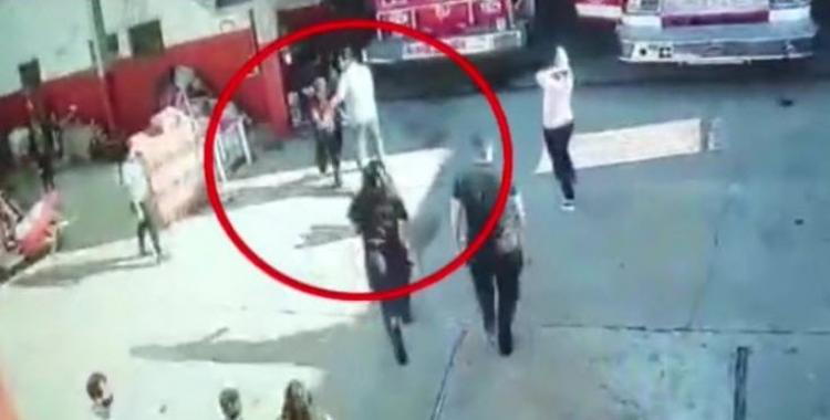 VIDEO El momento en que una bombera salvó a una niña que no respiraba | El Diario 24