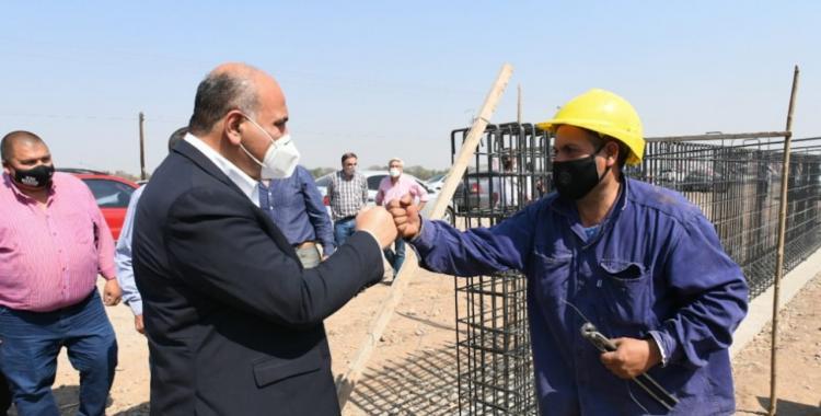 Obra: Manzur anunció la construcción de un nuevo puente en la Ruta 323 | El Diario 24