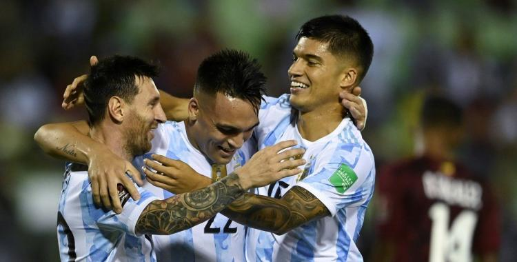 VIDEO El Tucu Correa fue clave en el triunfo de Argentina y alcanzó números de crack con la Selección | El Diario 24