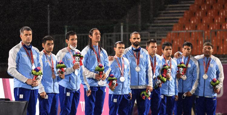 VIDEO Juegos Paralímpicos: El emocionante momento en que Los Murciélagos reciben la medalla de plata   El Diario 24