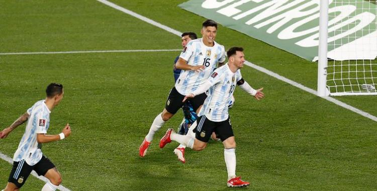Lionel Messi la rompió y anotó los tres goles del triunfo de Argentina ante Bolivia   El Diario 24