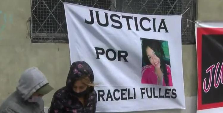 Juicio por el femicidio de Araceli Fulles: uno de los imputados quiso ingresar con una faca | El Diario 24