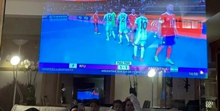 Cómo es y cuánto vale el televisor de Lionel Messi que se viralizó tras la foto que posteó en Instagram | El Diario 24