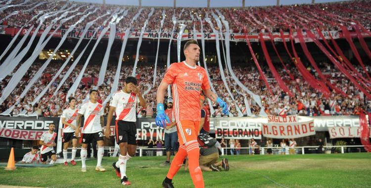 Lammens dijo que habrá medidas correctivas para garantizar el aforo permitido en el fútbol | El Diario 24