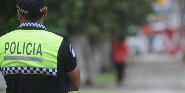 Le dieron un ladrillazo en el ojo a un policía tras atrapar a ladrón menor en Capital   El Diario 24