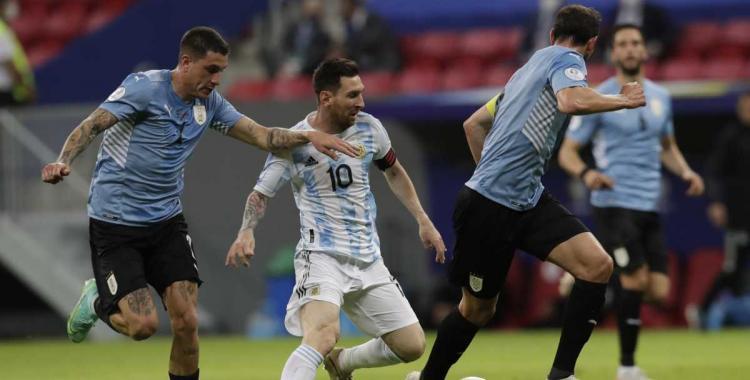 La Selección Argentina recibirá a Uruguay en busca de 3 puntos claves: Horario, Tv y posibles formaciones | El Diario 24