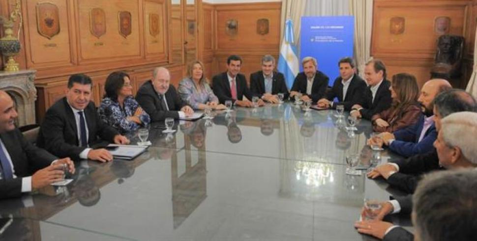 El ministro del interior prometi saldar las deudas con for Ministro del interior 2016